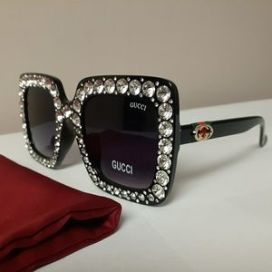 New gorgeous black rhinestone sunglasses
